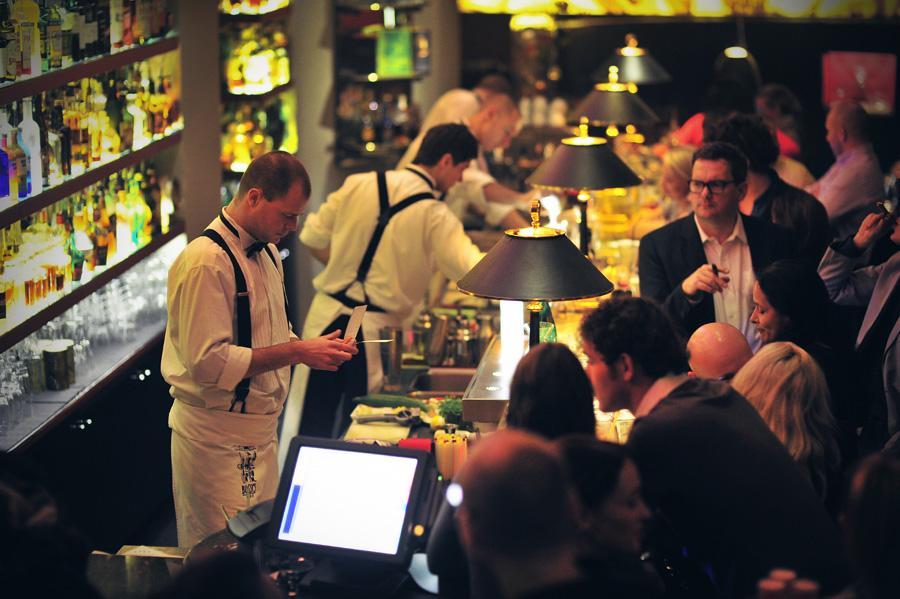 Obrázek k otázce: Champagne bar v Praze?